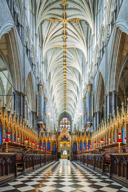 ENG18270AW UK, England, London, Westminster, Westminster Abbey, interior of the ancient Gothic Abbey and Unesco World Heritage Site, historic monument and Anglican church, quire of the church with Gothic vaultin...