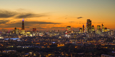UK11773 The Shard & City of London skyline from Canary Wharf, London, England