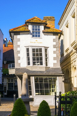ENG18291AW England, Berkshire, Windsor, The Crooked House