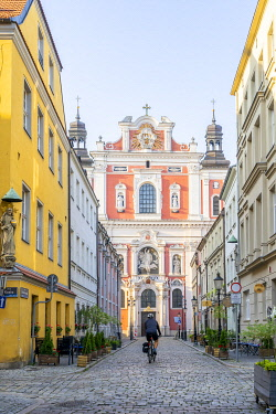 POL2764AW Fara Church or the  Parish Church of St. Stanislaus, Old Town, Poznan, Poland, Eastern Europe