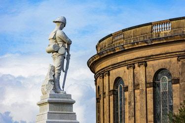 ENG18324 England, Shropshire, Shrewsbury, Quarry Park, Boer War Memorial, c1902