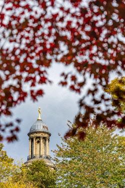 ENG18326 England, Shropshire, Shrewsbury, Quarry Park, The Dingle, View of St Chad's Church Tower