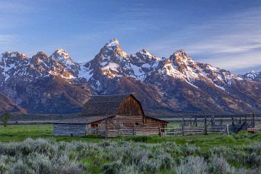 USA16042AWRF Mormon Row, Grand Teton National Park, Wyoming, USA