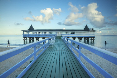 ANB0030AW Caribbean, Antigua, Dickinson Bay, Dickinson Bay Beach, Warri Pier