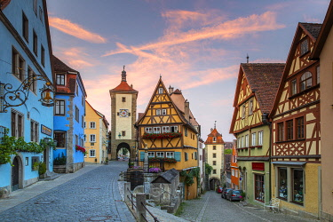Spitalgasse street with Plonlein half-timbered building and Siebers Tower, Rothenburg ob der Tauber, Bavaria, Germany