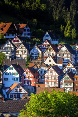 GER12788AW Half-timbered houses in Schiltach, Kinzigtal Valley, Black Forest, Baden-Wurttemberg, Germany