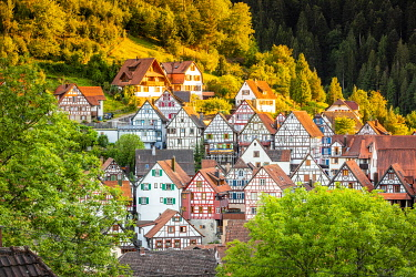 GER12790AW Half-timbered houses in Schiltach, Kinzigtal Valley, Black Forest, Baden-Wurttemberg, Germany
