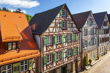 GER12812AW Half-timbered houses in Schiltach, Kinzigtal Valley, Black Forest, Baden-Wurttemberg, Germany