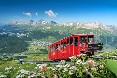 CLKRM135314 Tourists enjoying the journey on funicular through the Alps, Muottas Muragl, Samedan, Graubunden, Engadine, Switzerland