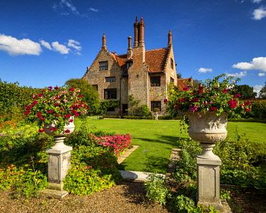 ENG18511AW Hindringham Hall, Norfolk, England