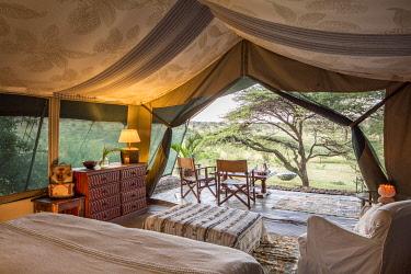 KEN12157 Richards Camp, Masai Mara, Kenya, guest tents.