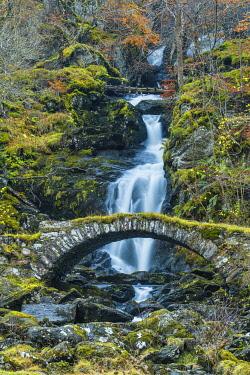 SCO36023AW Packhorse Bridge & Waterfall in Autumn, Glen Lyon, Perth & Kinross, Scotland