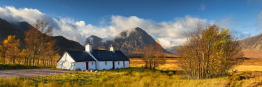 SCO36038AW Black Rock Cottage & Buachaille Etive Mor, Glen Coe, Highlands, Scotland
