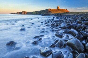 ENG18642AW Dunstanburgh Castle and Embleton Bay, Northumberland, England
