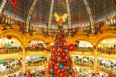 France, Paris, the Galeries Lafayette department store at Christmas, the Christmas tree under the dome