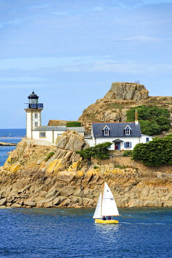 France, Brittany, Finistere, Morlaix bay, Carantec, Louet island and its lighthouse