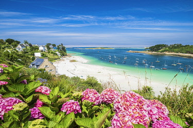 France, Brittany, Finistere, Abers Country, Legendes Coast, Aber Benoit, Saint-Pabu, Beniguet beach
