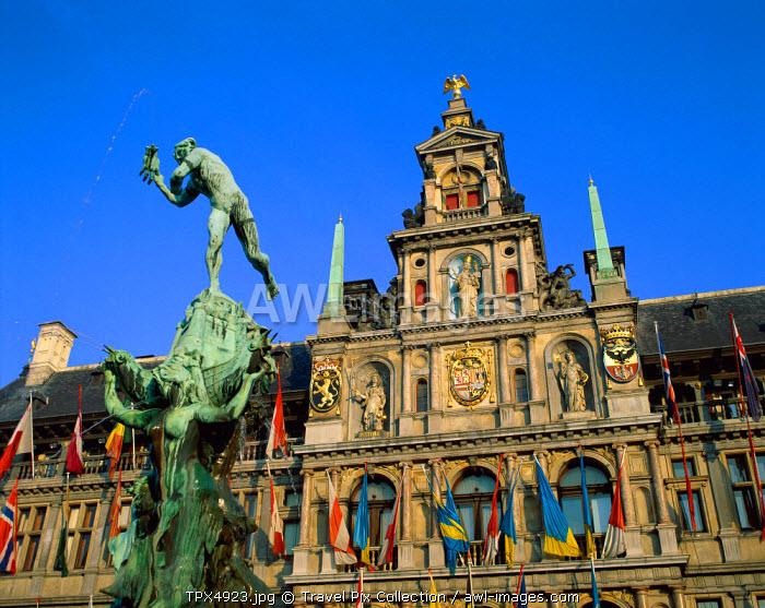 Brabo Fountain & Town Hall, Antwerp, Eastern Flanders, Belgium