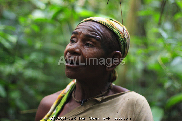 Baaka Pygmies, SW Central African Republic