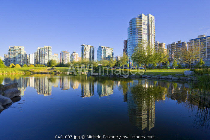 Devonian Harbour Park and Downtown Vancouver Skyline, Vancouver, British Columbia, Canada