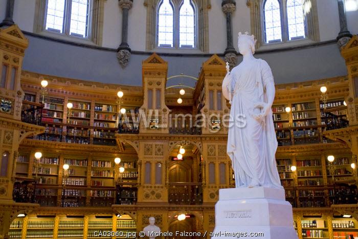 Library of Parliament & Statue of Queen Victoria, Parliament Hill, Ottawa, Ontario, Canada