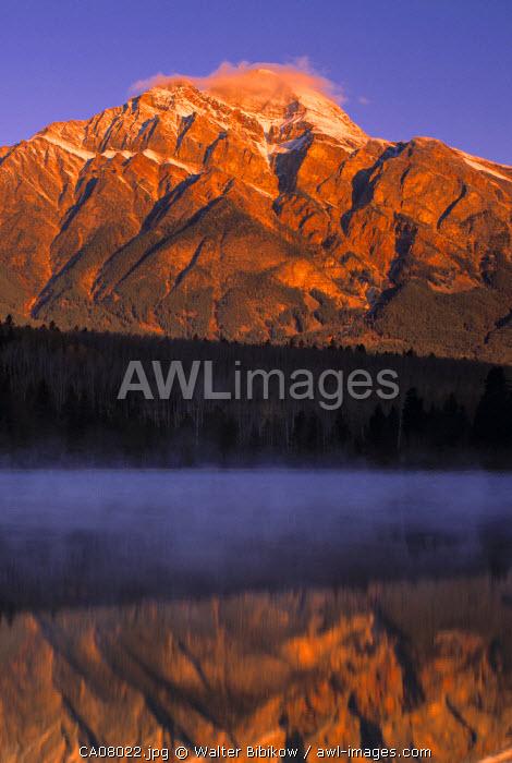 Pyramid Lake, Jasper NP, Alberta, Canada