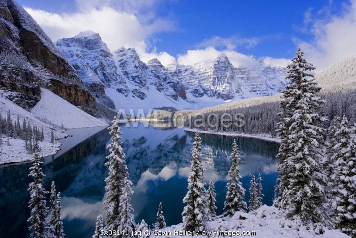 Wenkchemna Peaks (Ten Peaks) & Moraine lake, near Lake Louise, Banff National Park, Alberta, Canada