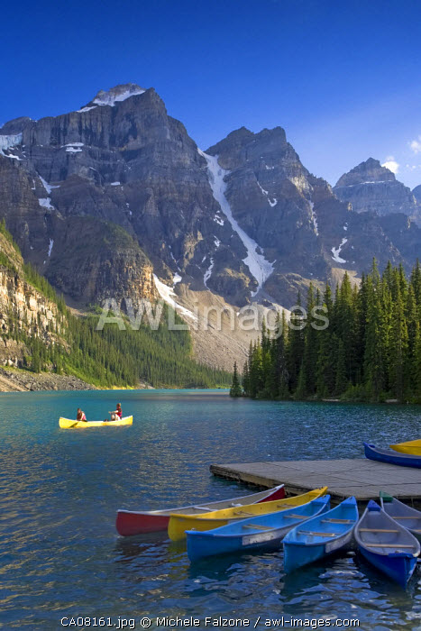 Moraine Lake and Valley of 10 Peaks (Wenkchemna Peaks) at sunrise, Banff National Park, Alberta, Canada