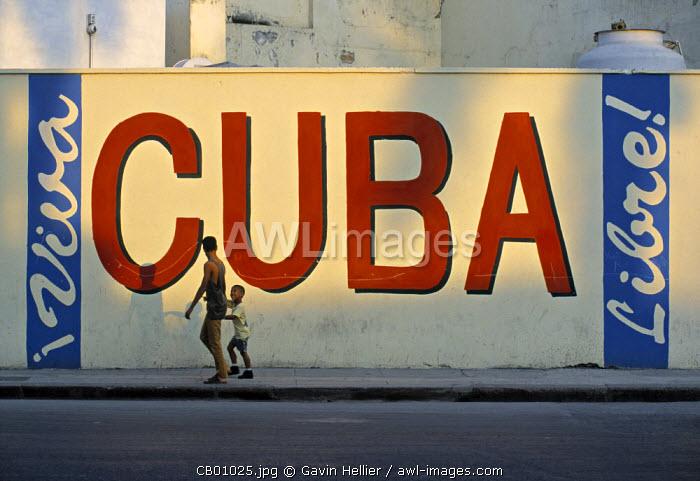 Sign on Wall, Havana, Cuba