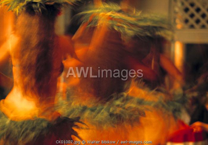 Polynesian dancers, Cook Islands