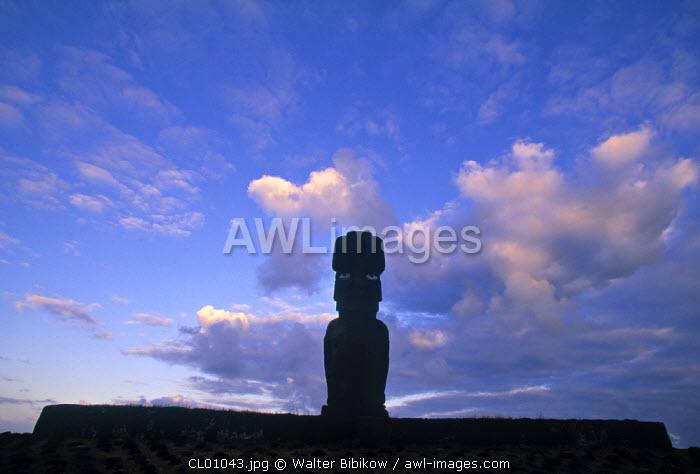 Moais, Ahu Vai Uri, Easter Island, Chile