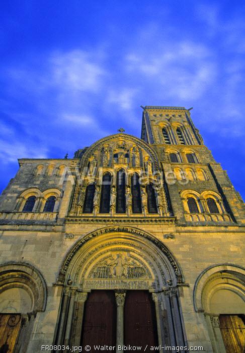 Basilique Ste Madeleine, Vezelay, Yonne, Burgundy, France