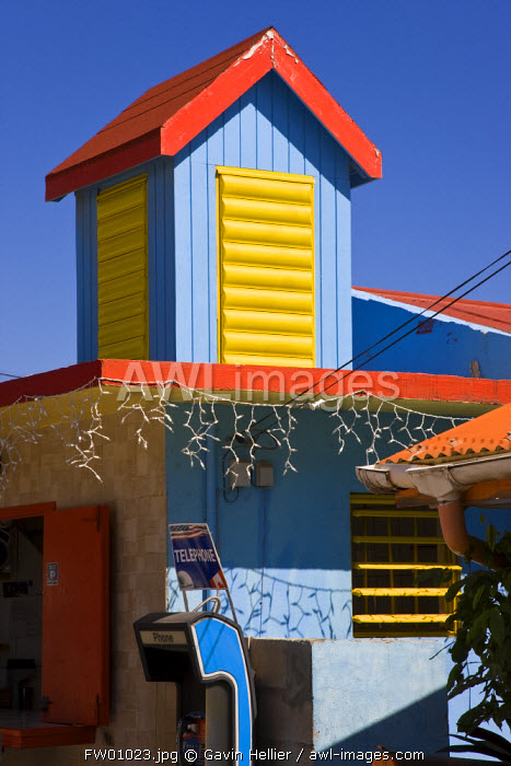 Caribbean, French West Indies, Saint Martin, colourful building in Grand-Case