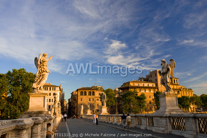 awl-images.com - Italy / Castel Sant'Angelo and Sant'Angelo Bridge, Rome, Italy