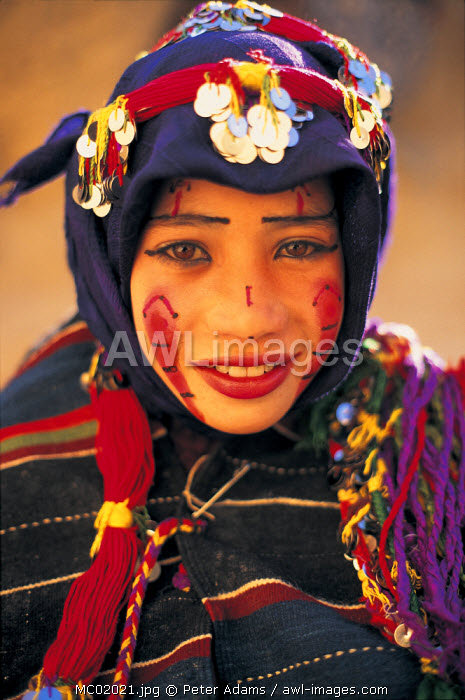 awl-images.com - Morocco / Portrait of Bedouin woman, Morocco