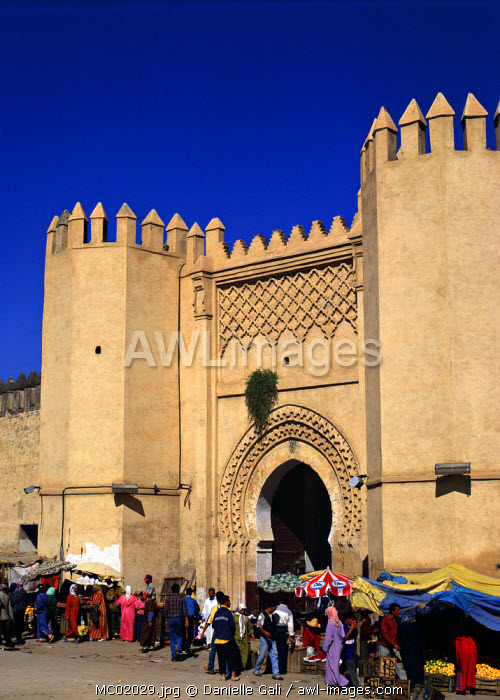 awl-images.com - Morocco / Gateway to the Medina, Fes, Morocco