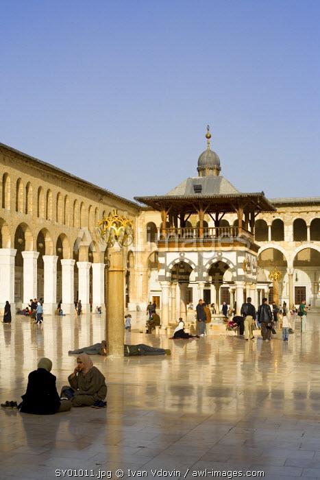 Umayyad mosque (708–715), Damascus, Syria