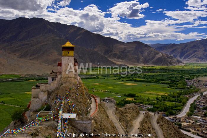 Yumbulagang, Lhokha region, Tibet