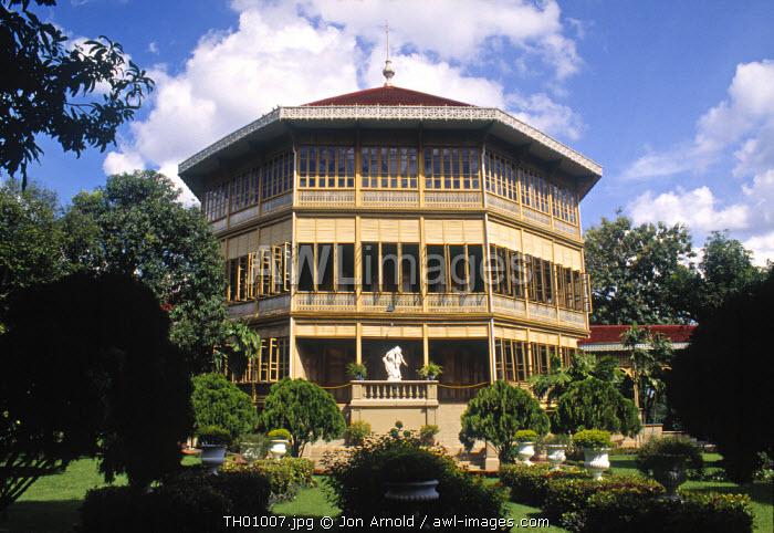Vimanmek Teak Mansion, Bangkok, Thailand