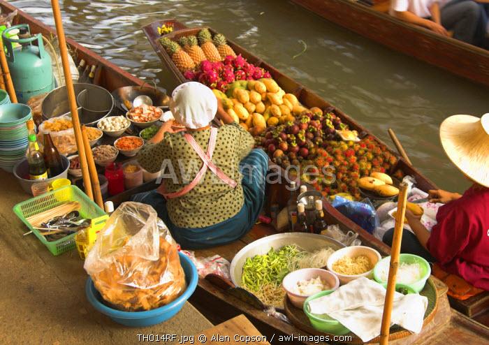 Floating Markets, Damnoen Saduak, Thailand