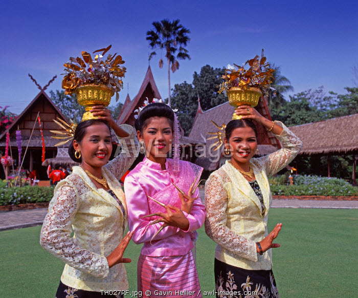 Thai Dancers, The Rose Garden, Bangkok, Thailand
