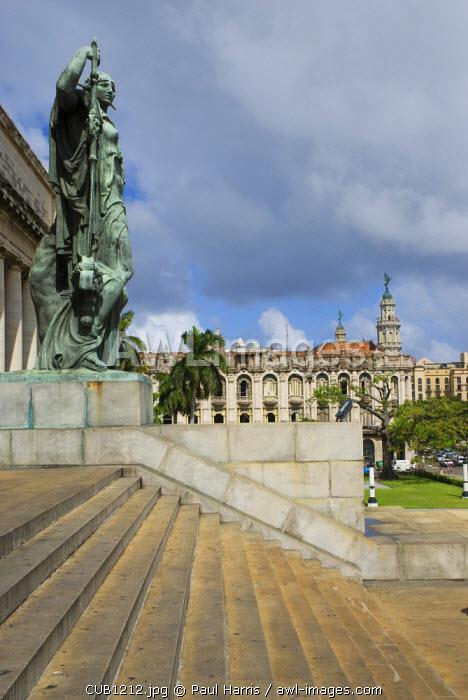 Cuba, Havana. Exterior of the Capitolio building