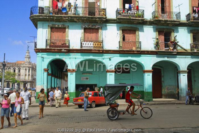 Cuba, Havana. Street Scene.