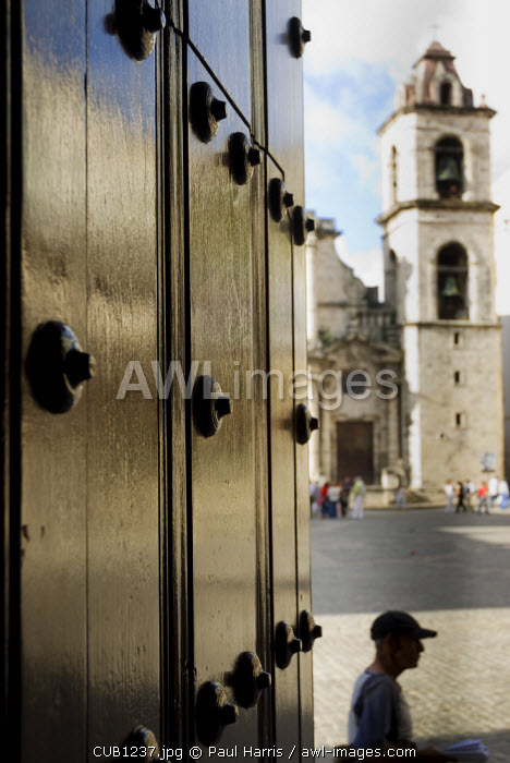Cuba, Havana. Plaza de la Catedral, Havana