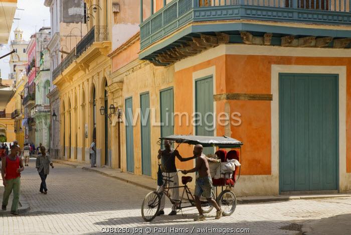 Cuba, Havana. Locals on the streets of old Havana