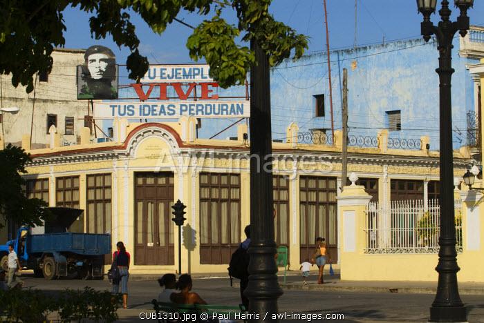 Cuba, Cienfuegos. Billboard of Che Guevara, Jose Marti Plaza, Cienfuegos