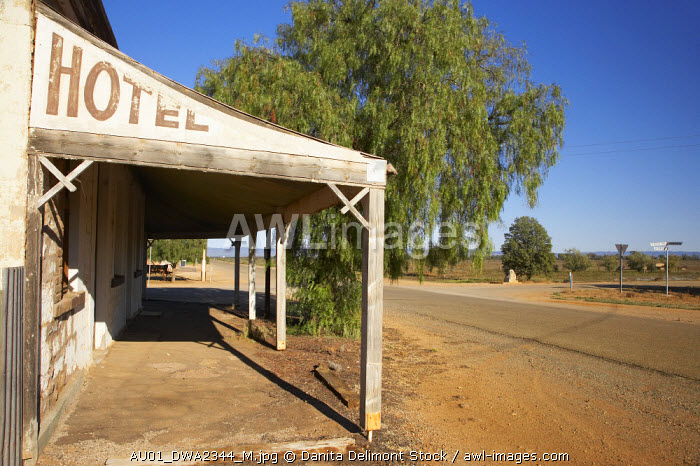 awl-images.com - Australia / Old Hotel, Hammond Ghost Town, South Flinders Ranges, South Australia, Australia