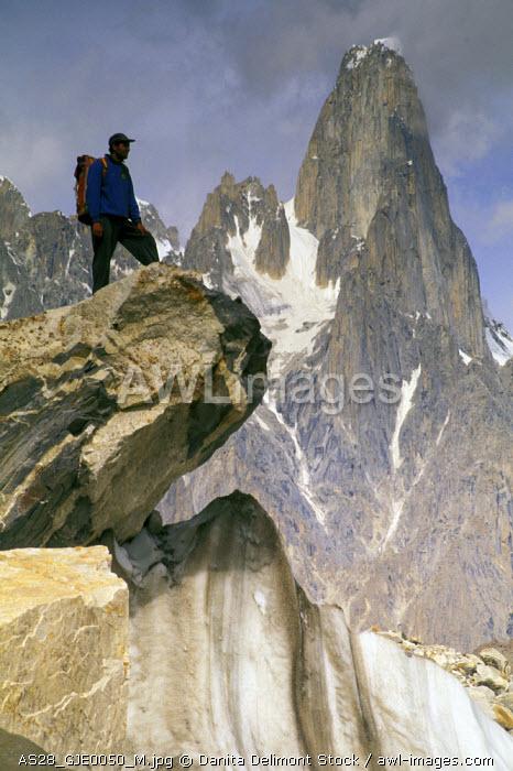 Pakistan, Baltoro. Baltoro Muztagh Range, Uli Biaho Spire and hiker