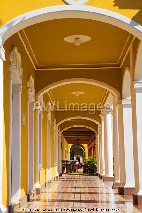 Nicaragua, Granada, Park Colon, Park Central,
