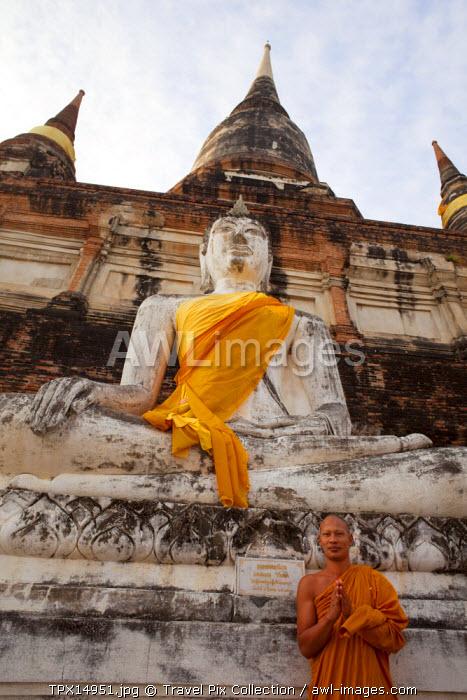 Thailand, Ayutthaya, Ayutthaya Historical Park, Monk in Wat Yai Chai Mongkhon